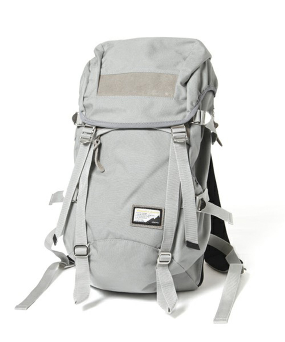 fade-backpack-gray