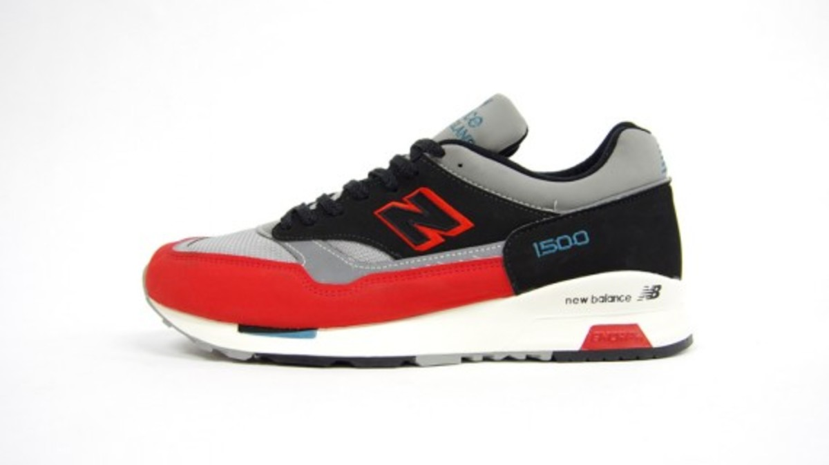 M1500UK-Red-2