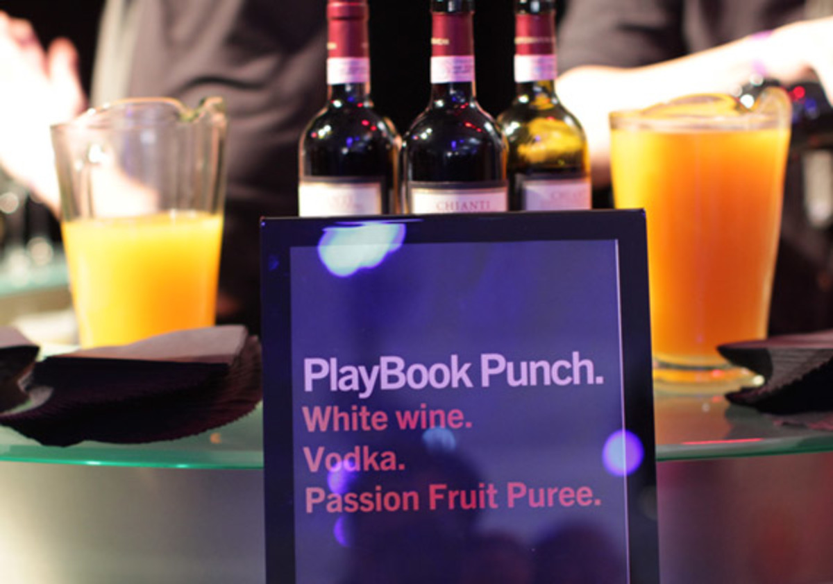 blackberry-playbook-launch-party-17
