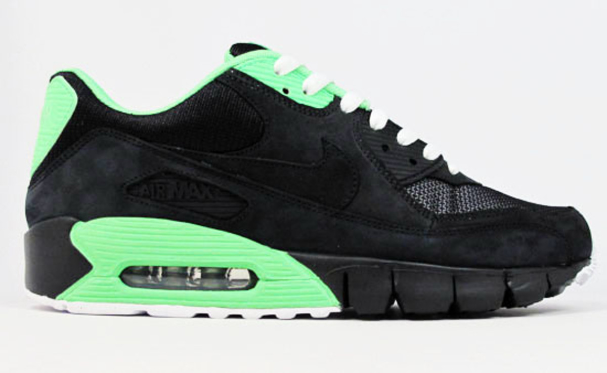 nike-air-max-90-studio-id-21-mercer-8