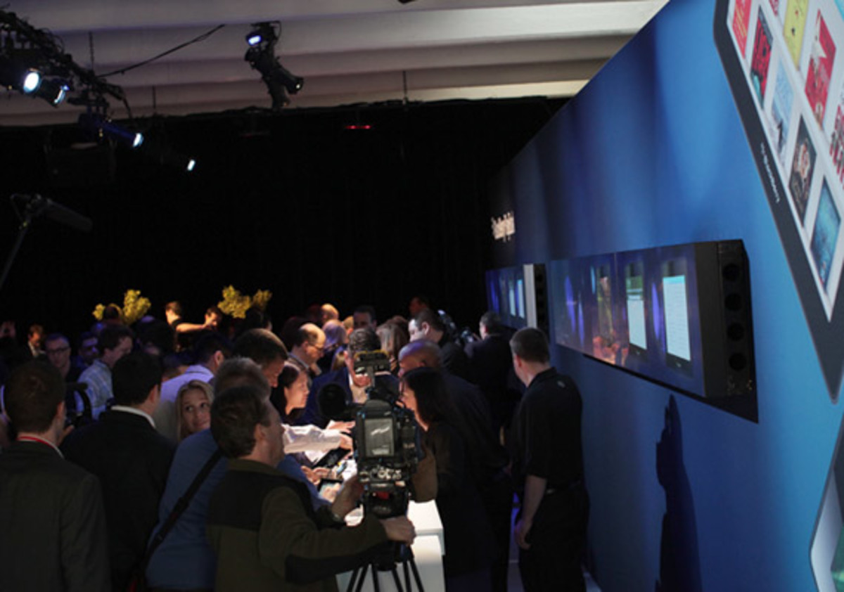 blackberry-playbook-launch-party-03