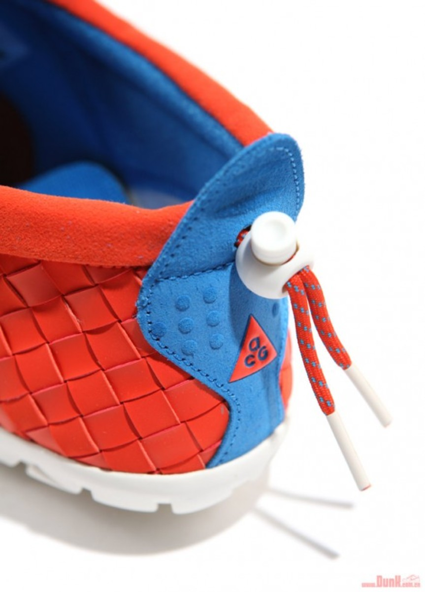 nike-acg-air-moc-lt-team-orange-07