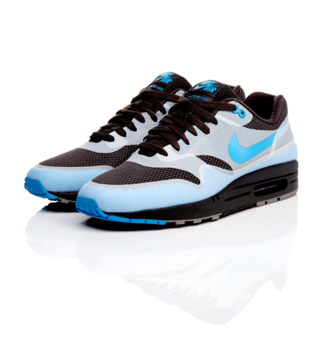 nike-air-max-1-hyperfuse-premium-01