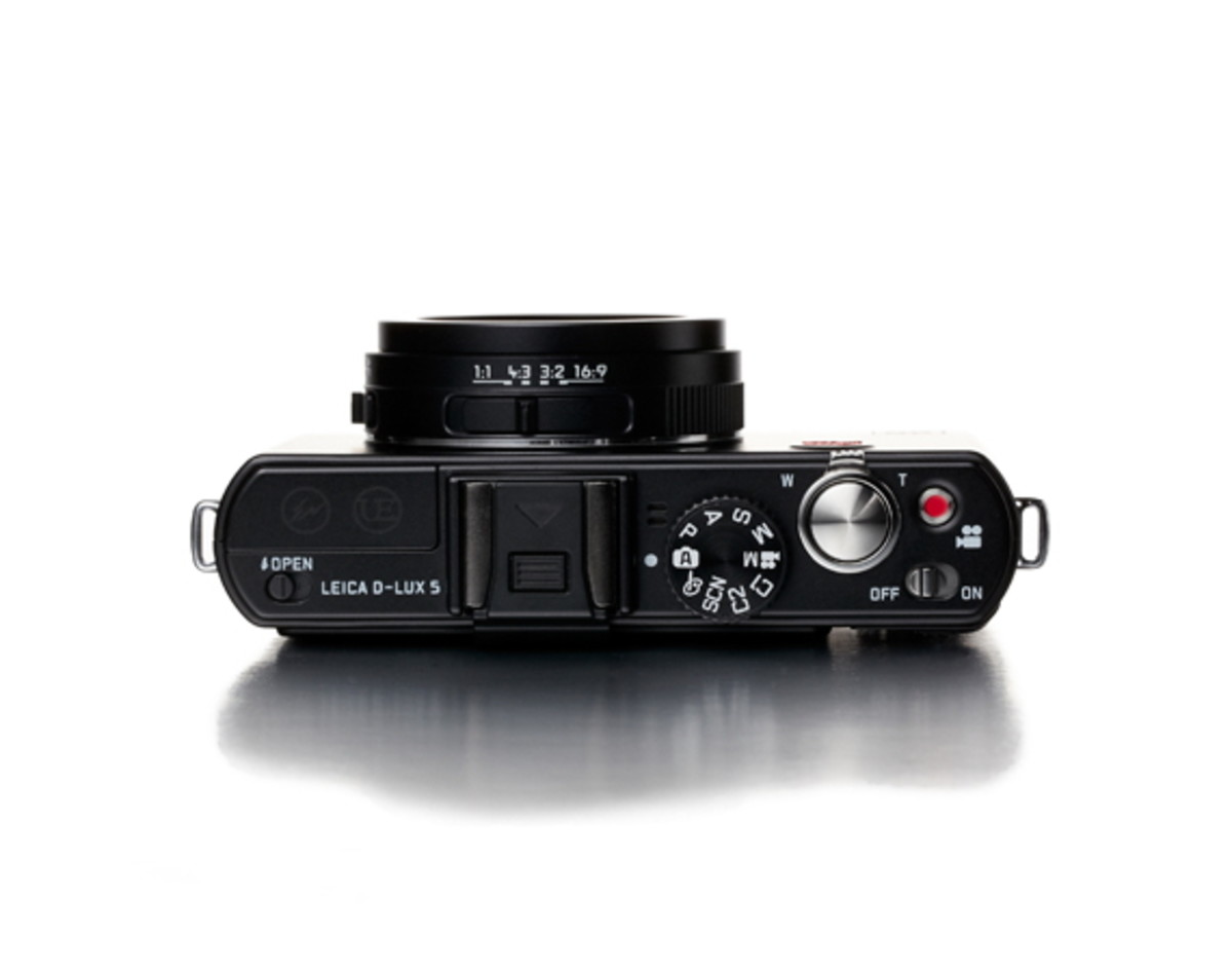leica-x-ue-d-lux-5-detailed-look-3