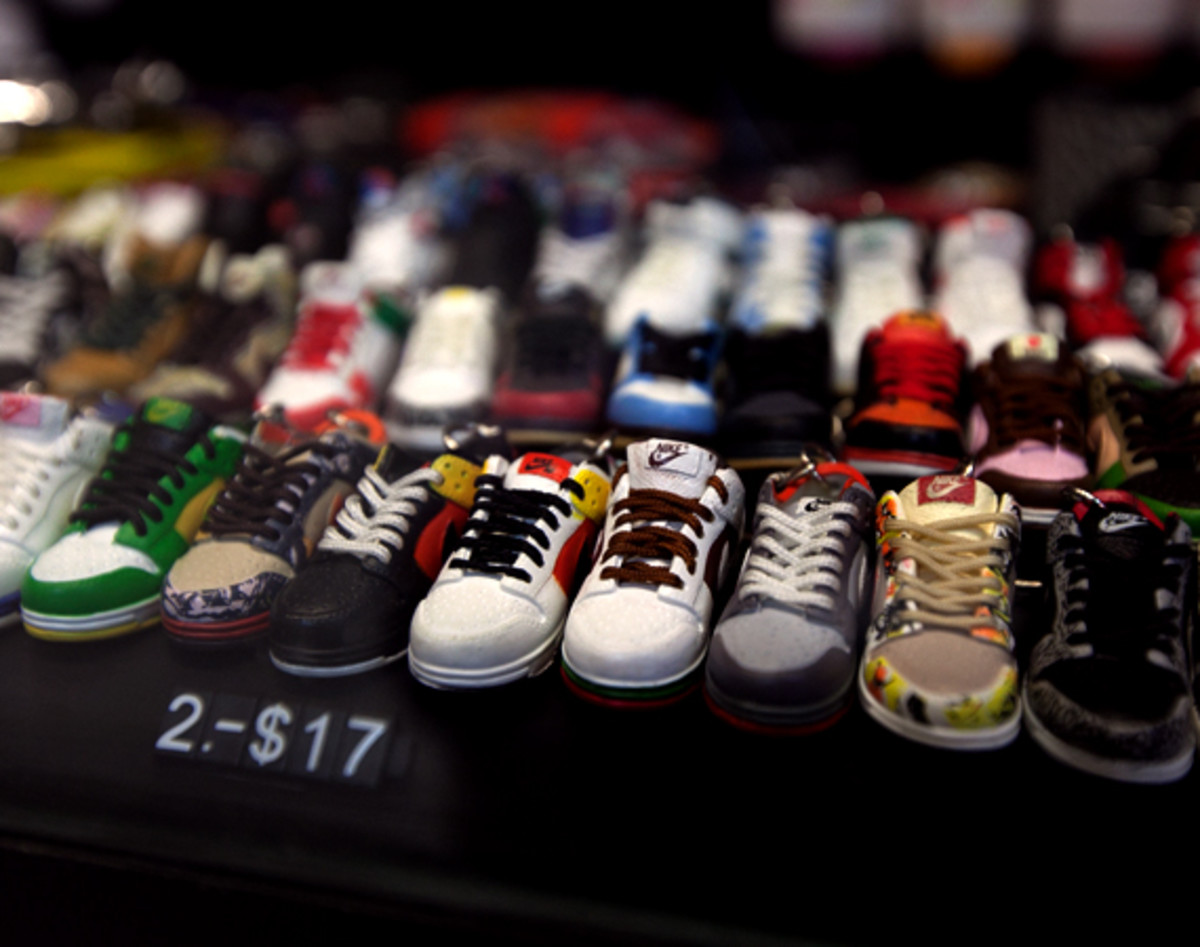 image-new-consignment-shop-flushing-13