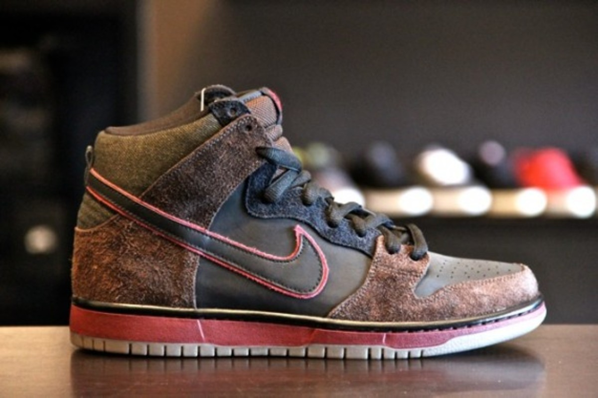 brooklyn-projects-nike-sb-dunk-hi-slayer-01