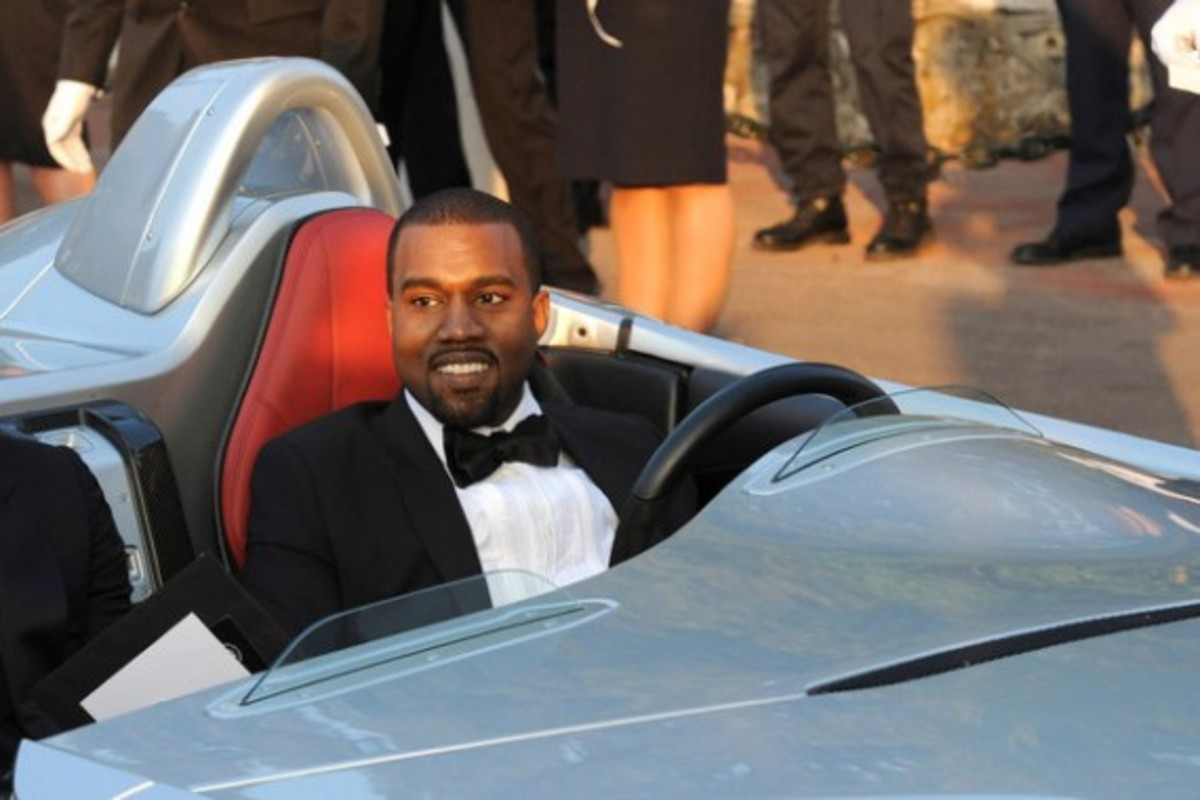 kanye-west-mercedes-benz-mclaren-slr-sterling-moss-05