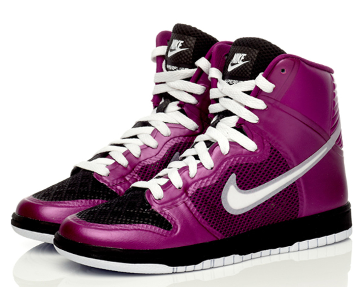 nike-sportswear-hyperfuse-dunk-high-03