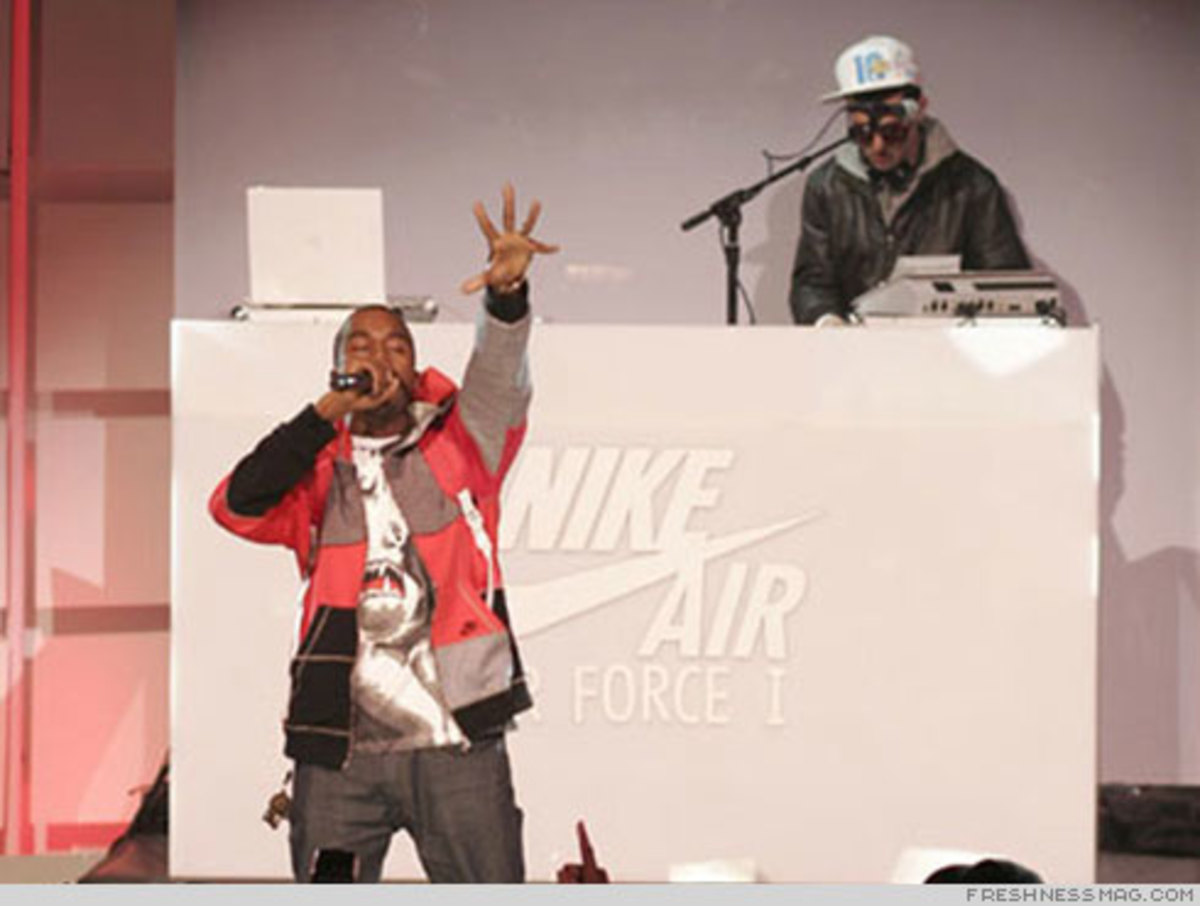 Air Force 1 25th - NAS, Rakim, Kanye West, KRS-One - 7
