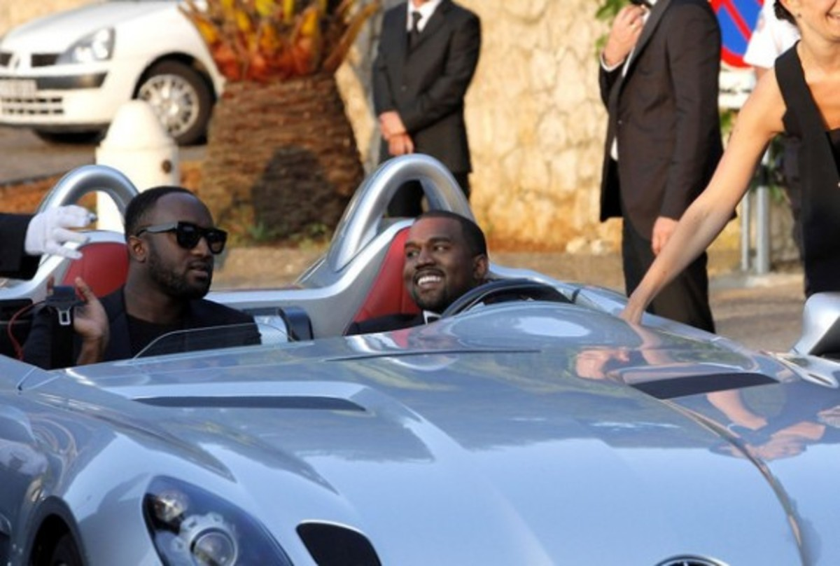 kanye-west-mercedes-benz-mclaren-slr-sterling-moss-09