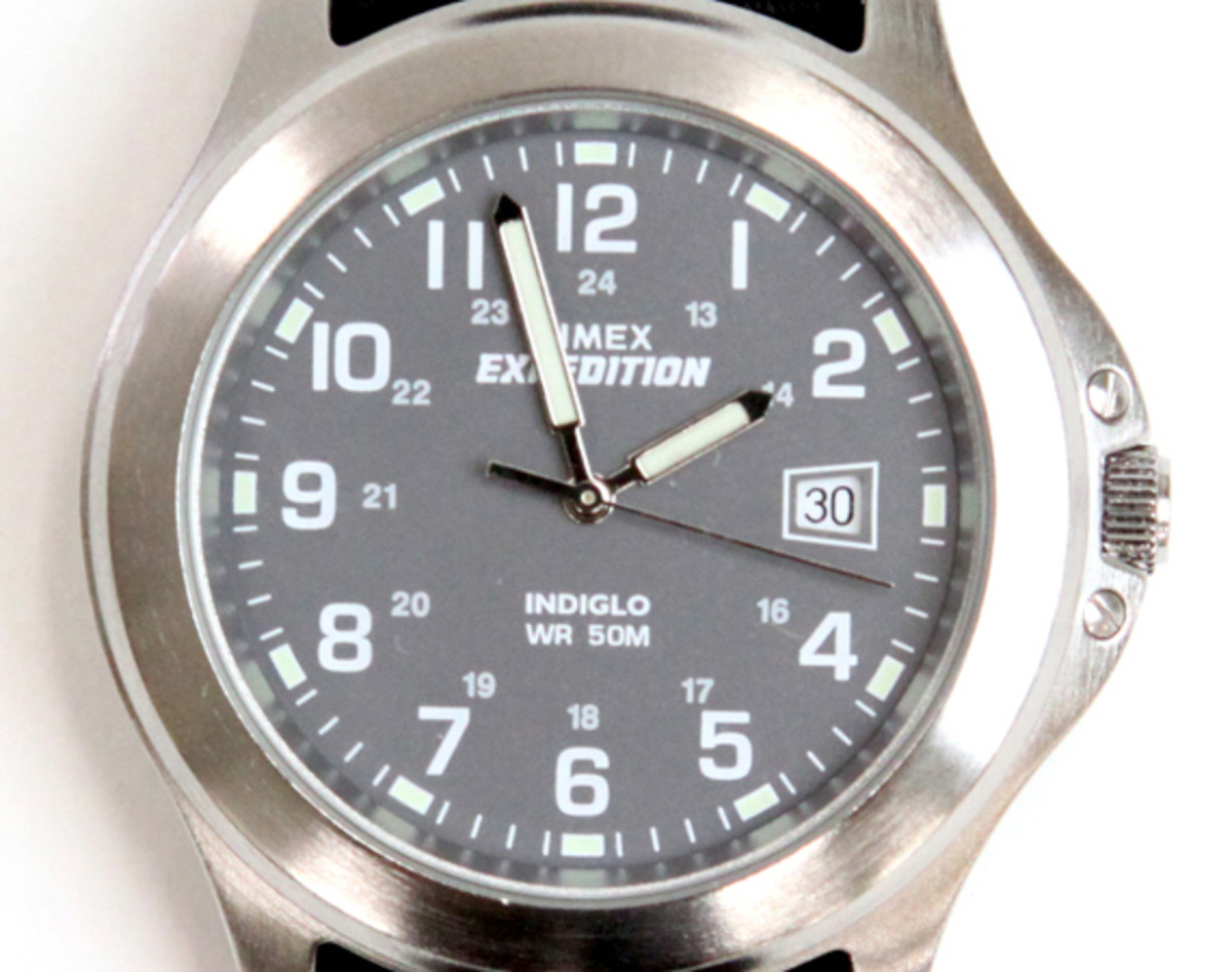 military-watch-00