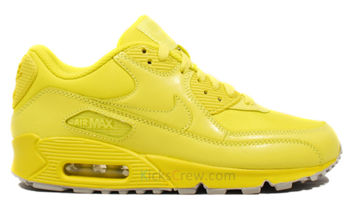 nike wmns air max 90 hyperfuse high voltage traffic. Black Bedroom Furniture Sets. Home Design Ideas