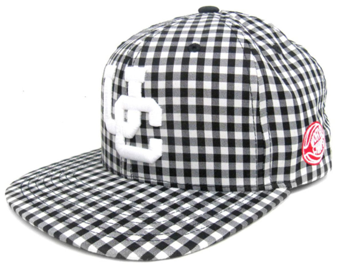 undercrown-starter-snap-back-caps-summer- 2011-07