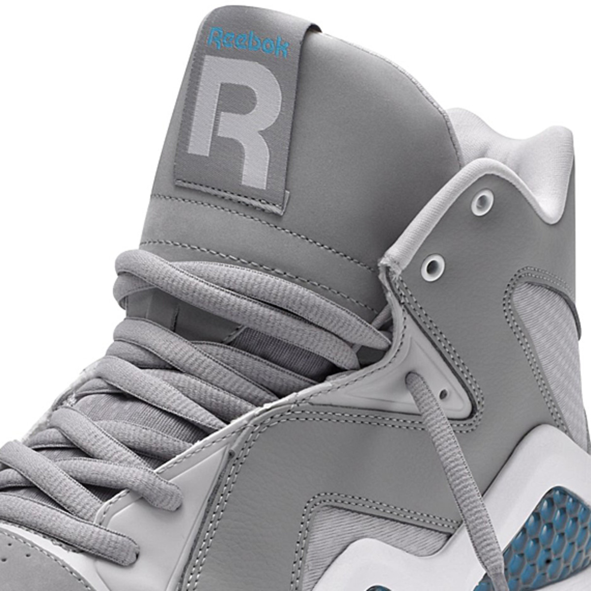 reebok-classics-kamikaze-carbon-steel-feather-blue-03