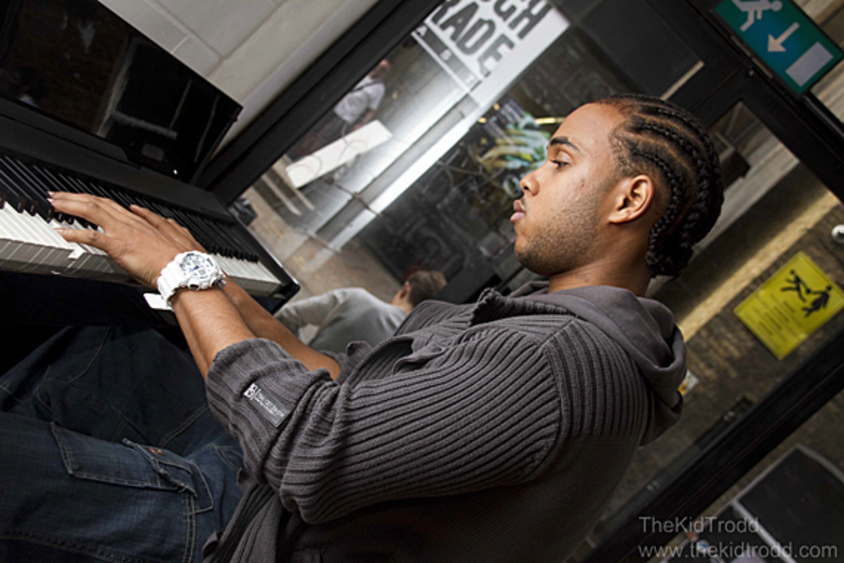 casio-gshock-east-session-london-01