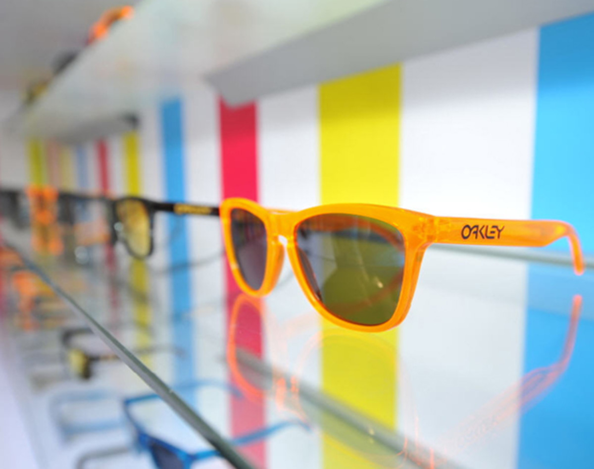 oakley-rewind-to-the-80s-event-shanghai-01