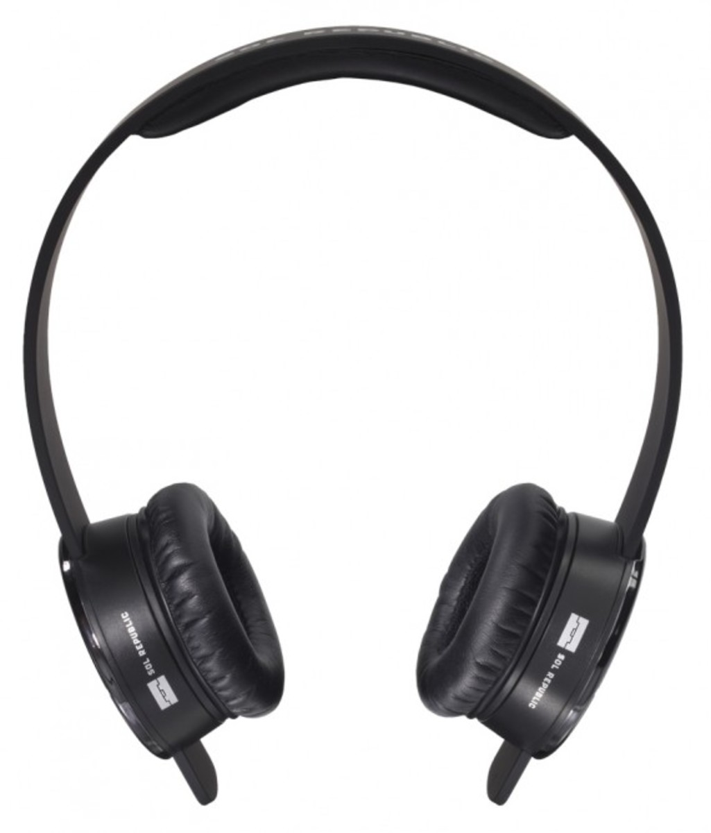 sol-republic-tracks-headphones-black-02
