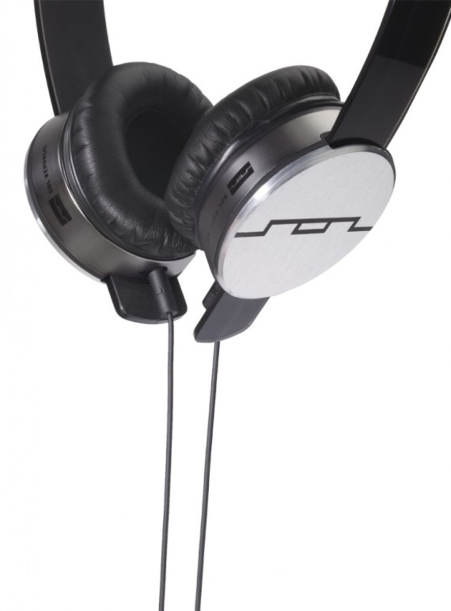 sol-republic-tracks-headphones-silver-05