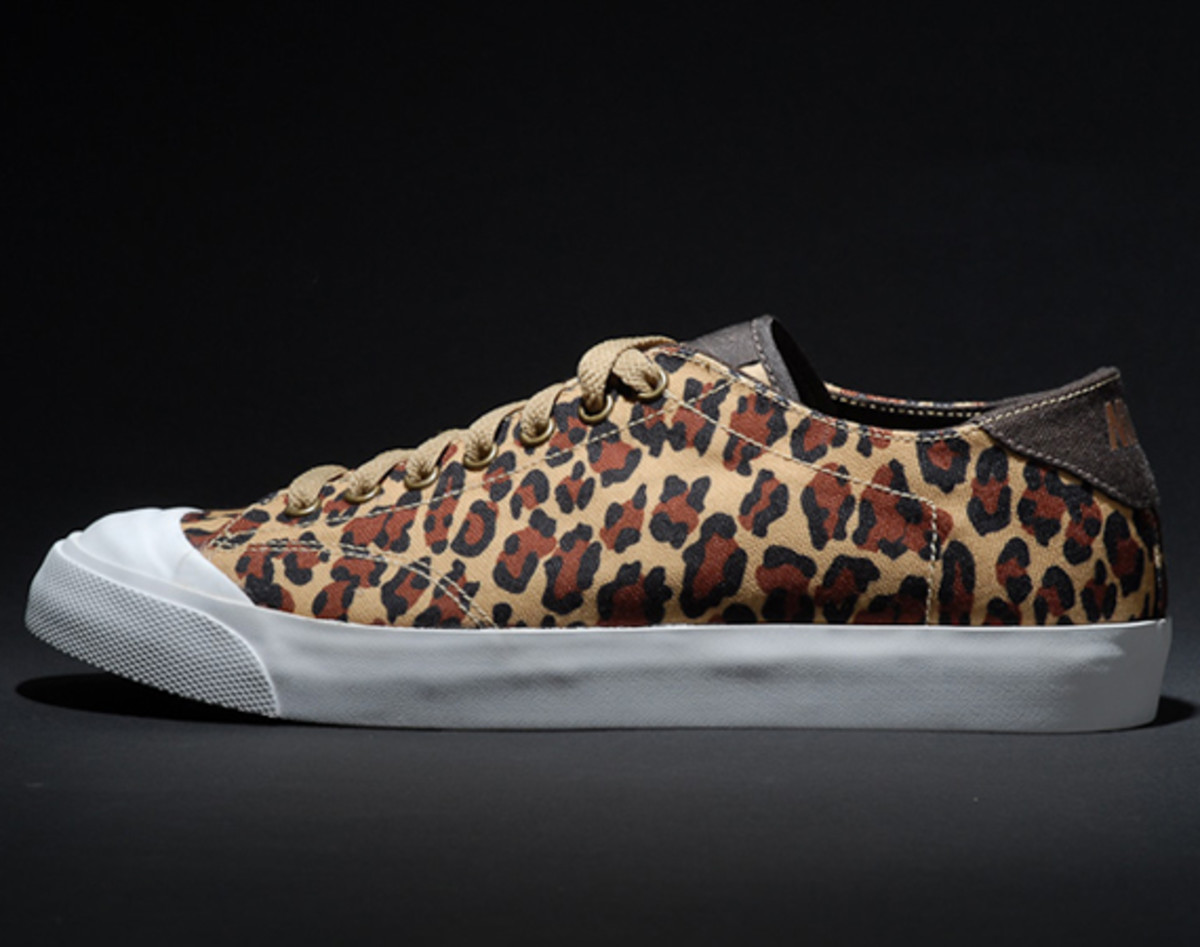 fragment-design-nike-all-court-2-low-leopard-additional-look-02