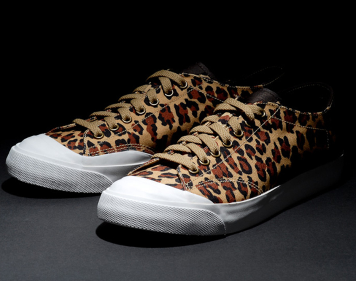 fragment-design-nike-all-court-2-low-leopard-additional-look-00