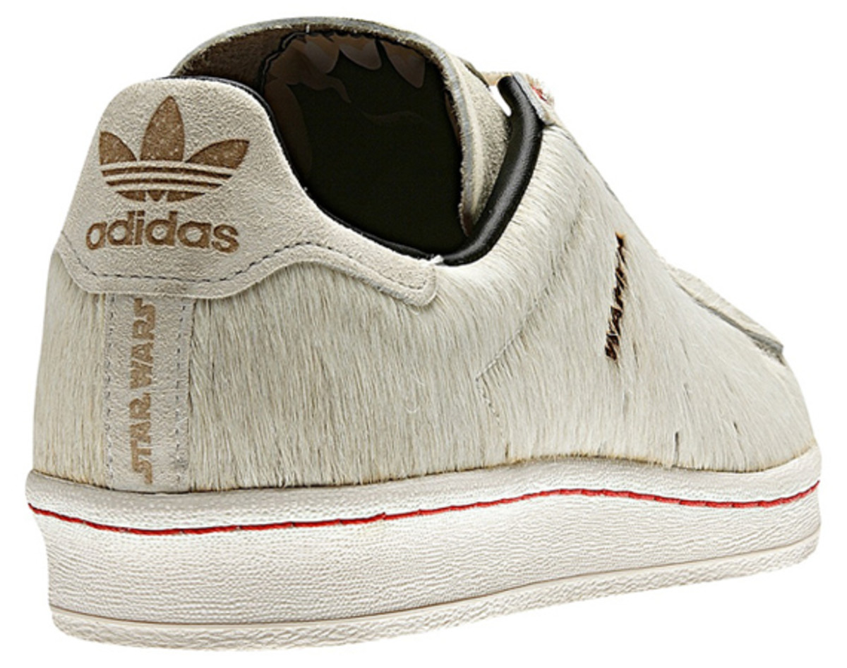 star-wars-adidas-originals-campus-80s-wampa-05