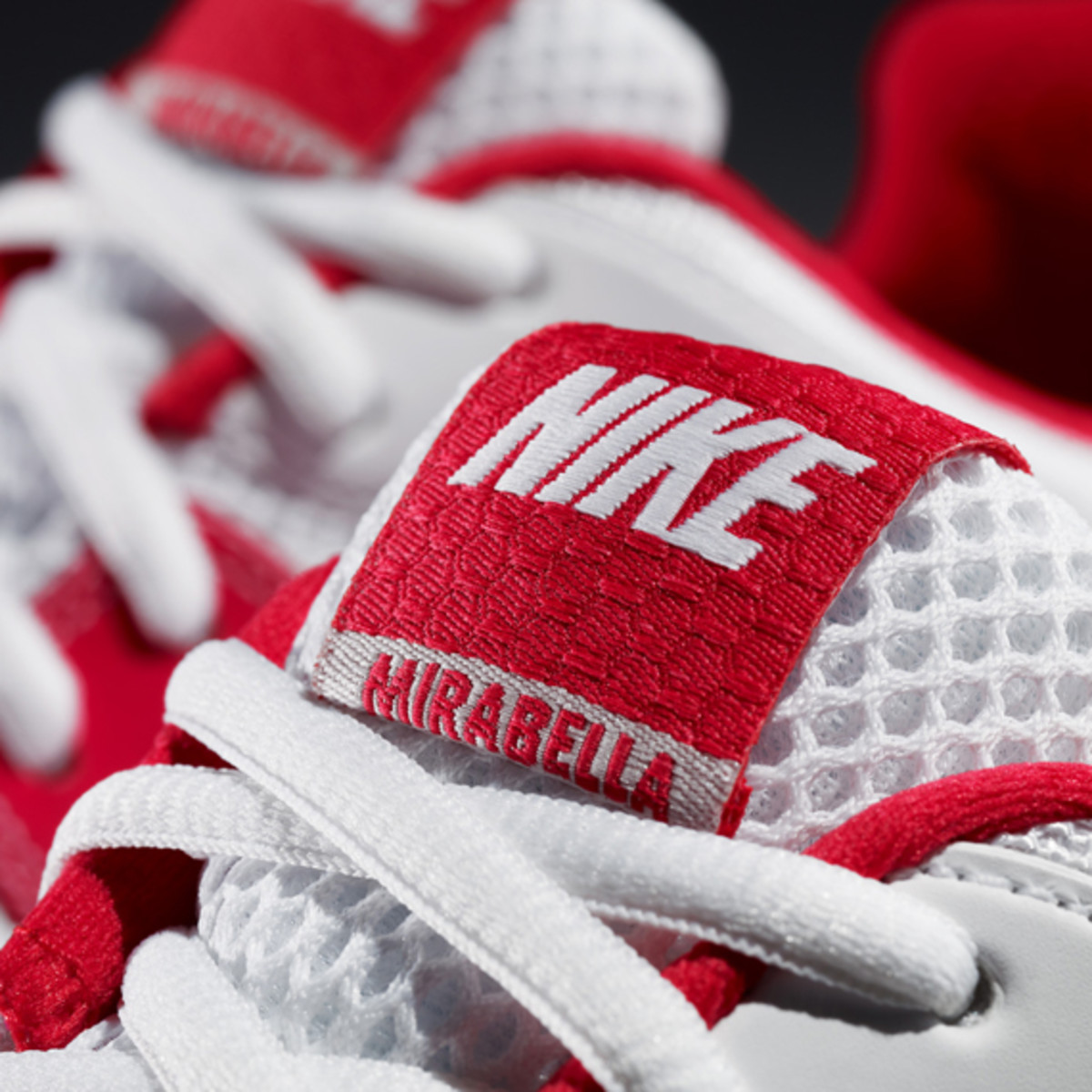 nike-women-air-max-mirabella-3-serena-williams-02