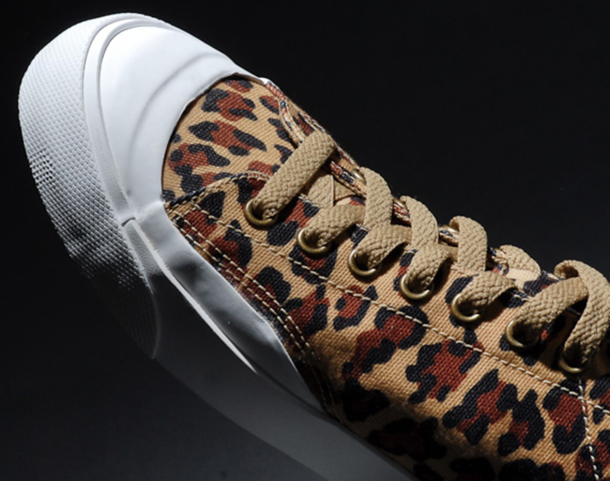 fragment-design-nike-all-court-2-low-leopard-additional-look-07