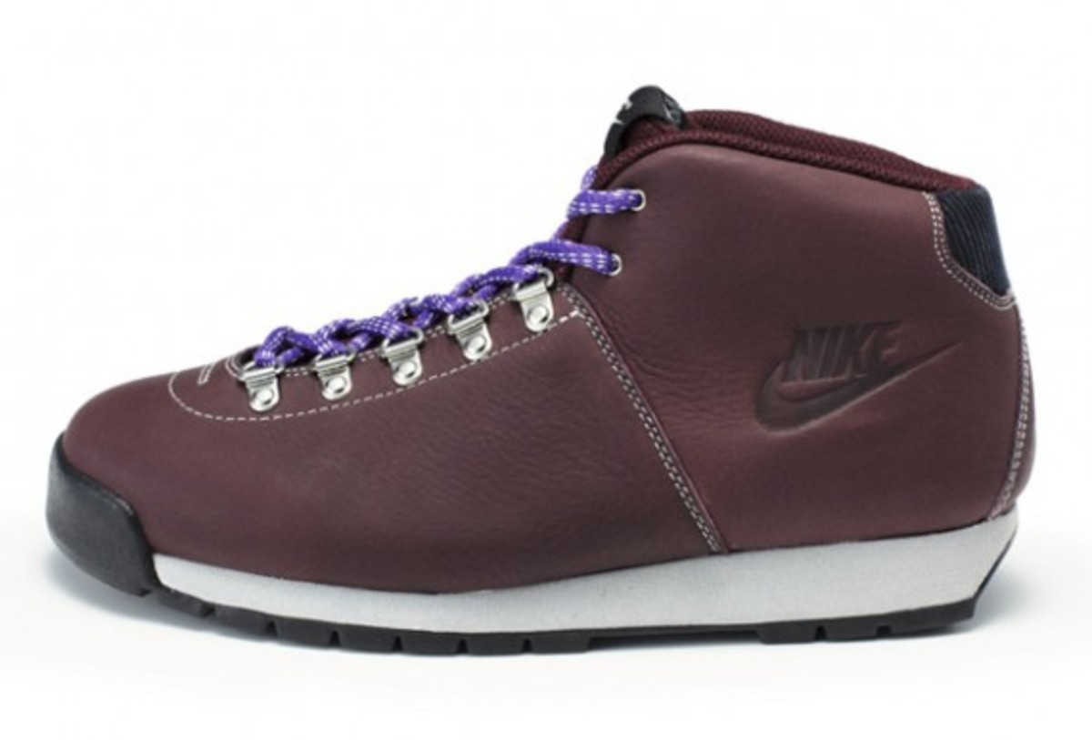nike-sportswear-air-magma-holiday-2011-01