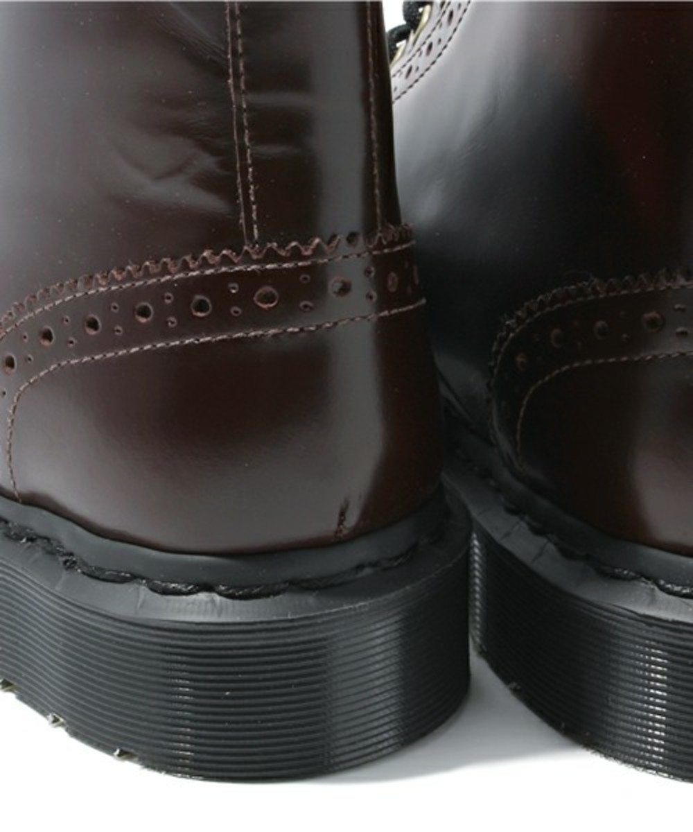 7-hole-wing-tip-boots-07