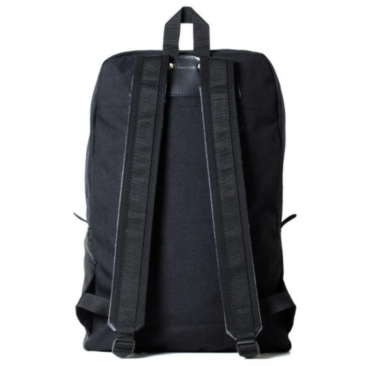 wardrobe- selspan-corduroy-backpacks-02