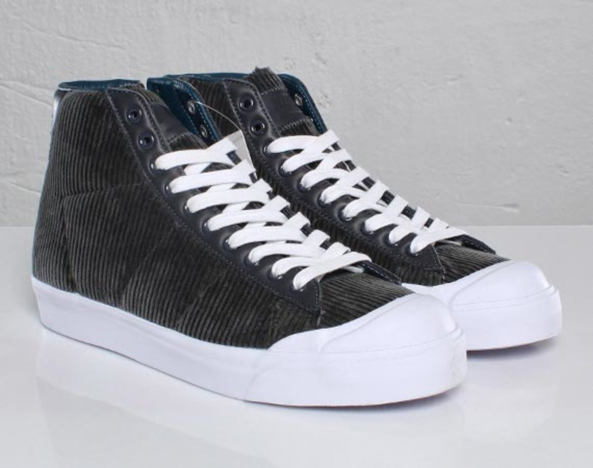 low priced 275a8 2f003 Nike Blazer Mid AB – Maharam TZ Pack