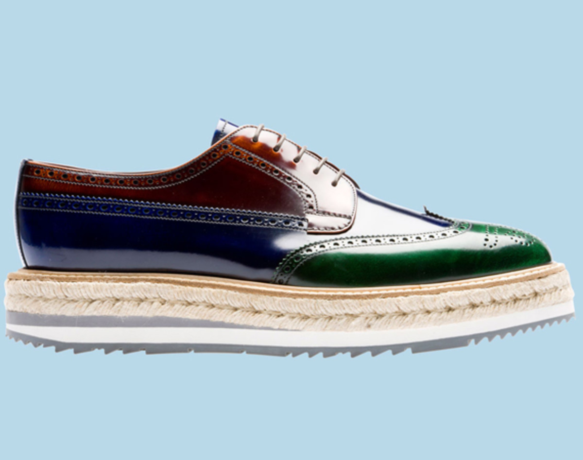 prada-tricolor-brushed-leather-lace-up-04