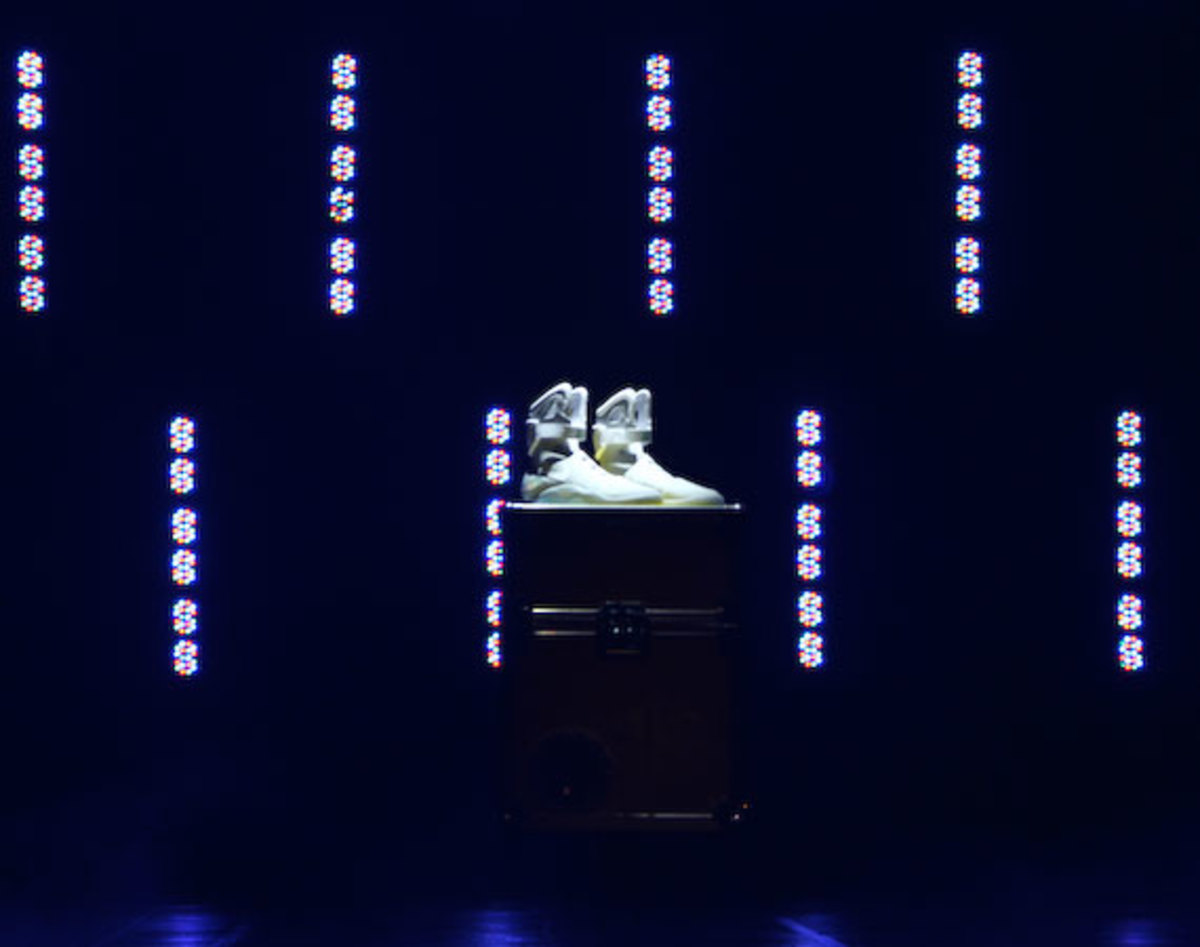 2011-nike-mag-back-for-the-future-at-the-montalban-32
