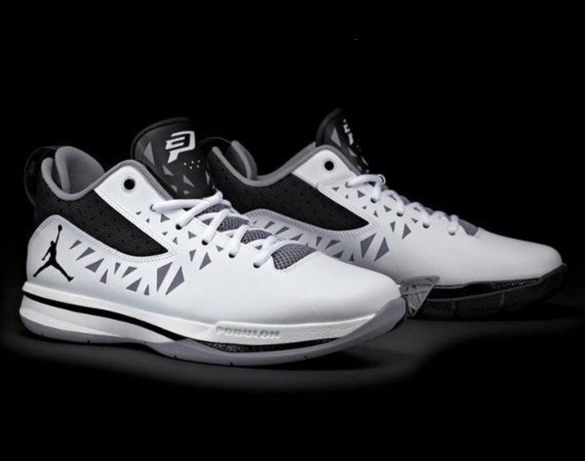 8c266e06886b2b The debuting of the Jordan Brand triumvirate s upcoming signature kicks is  completed with a first look at Chris Paul s CP3.V. Built to capitalize on  the ...
