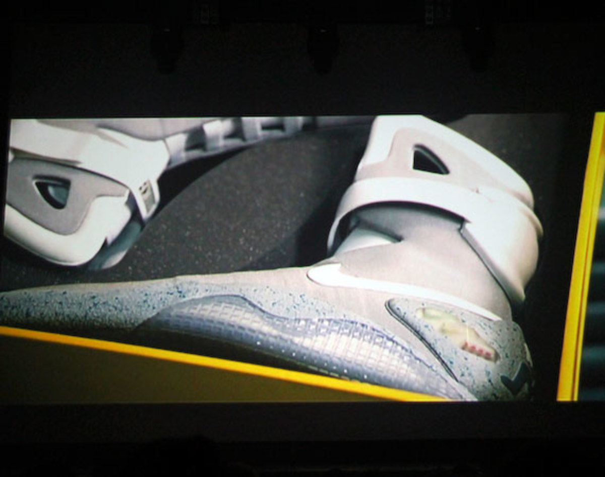 2011-nike-mag-back-for-the-future-at-the-montalban-27