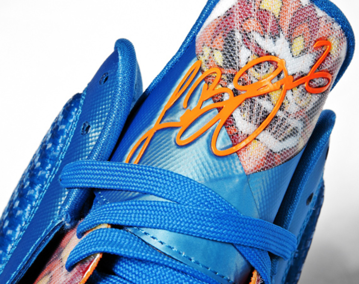 nike-lebron-9-china-edition-detailed-look-08