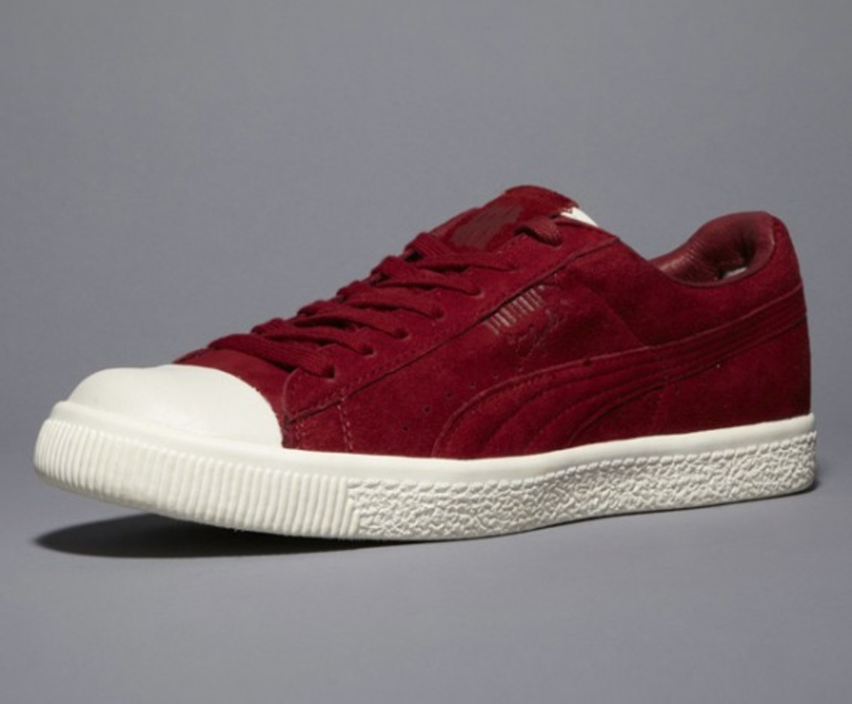 undefeated-puma-clyde-coverblock-maroon-01