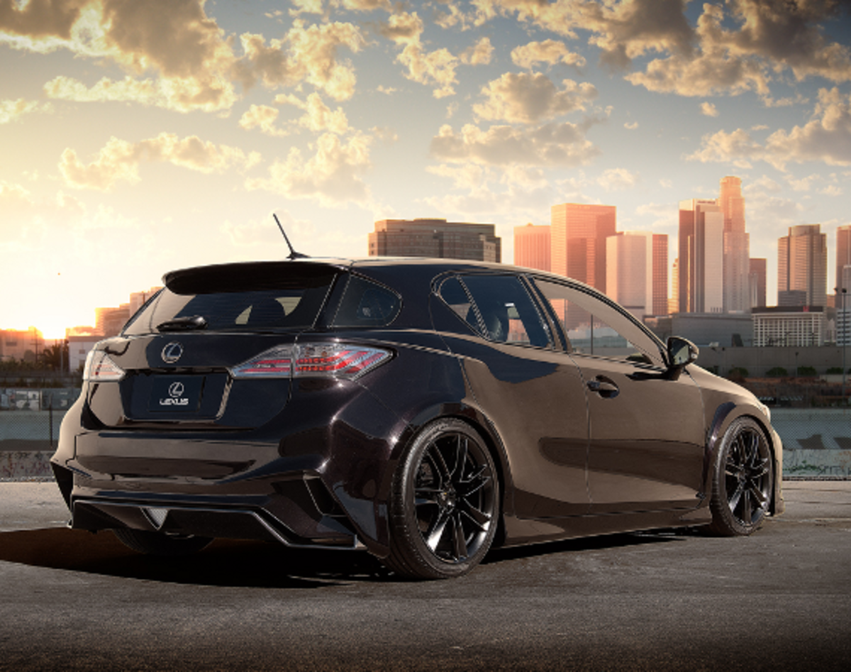 A Major Highlight For The Lexus Exhibit At This Year S Sema Show In Las Vegas Is Its Head Turning Ct 200h Tuned By Five Axis Sporty Hybrid Hatchback