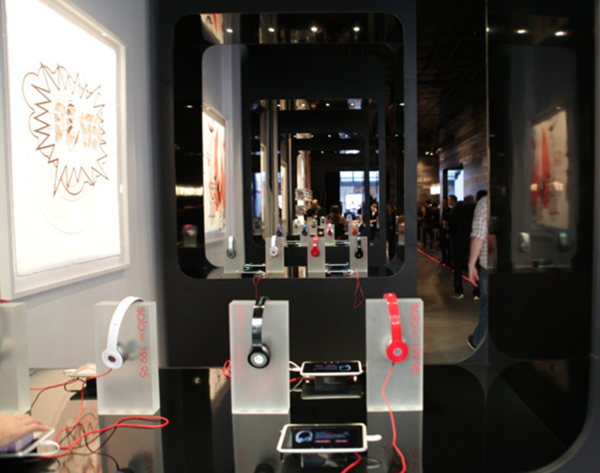 beats-by-dre-store-07