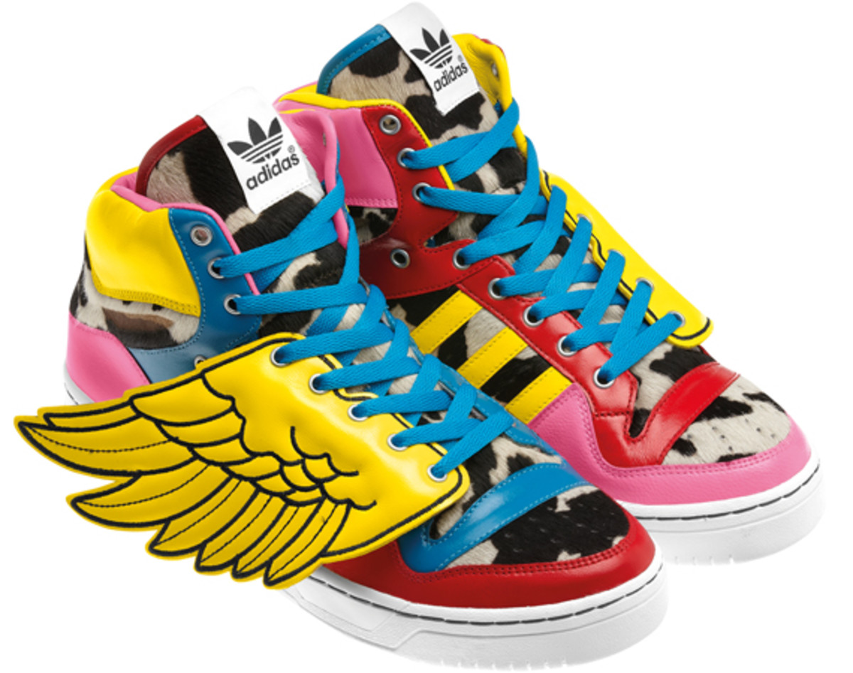2NE1-adidas-originals-jeremy-scott-js-collage-wing-01