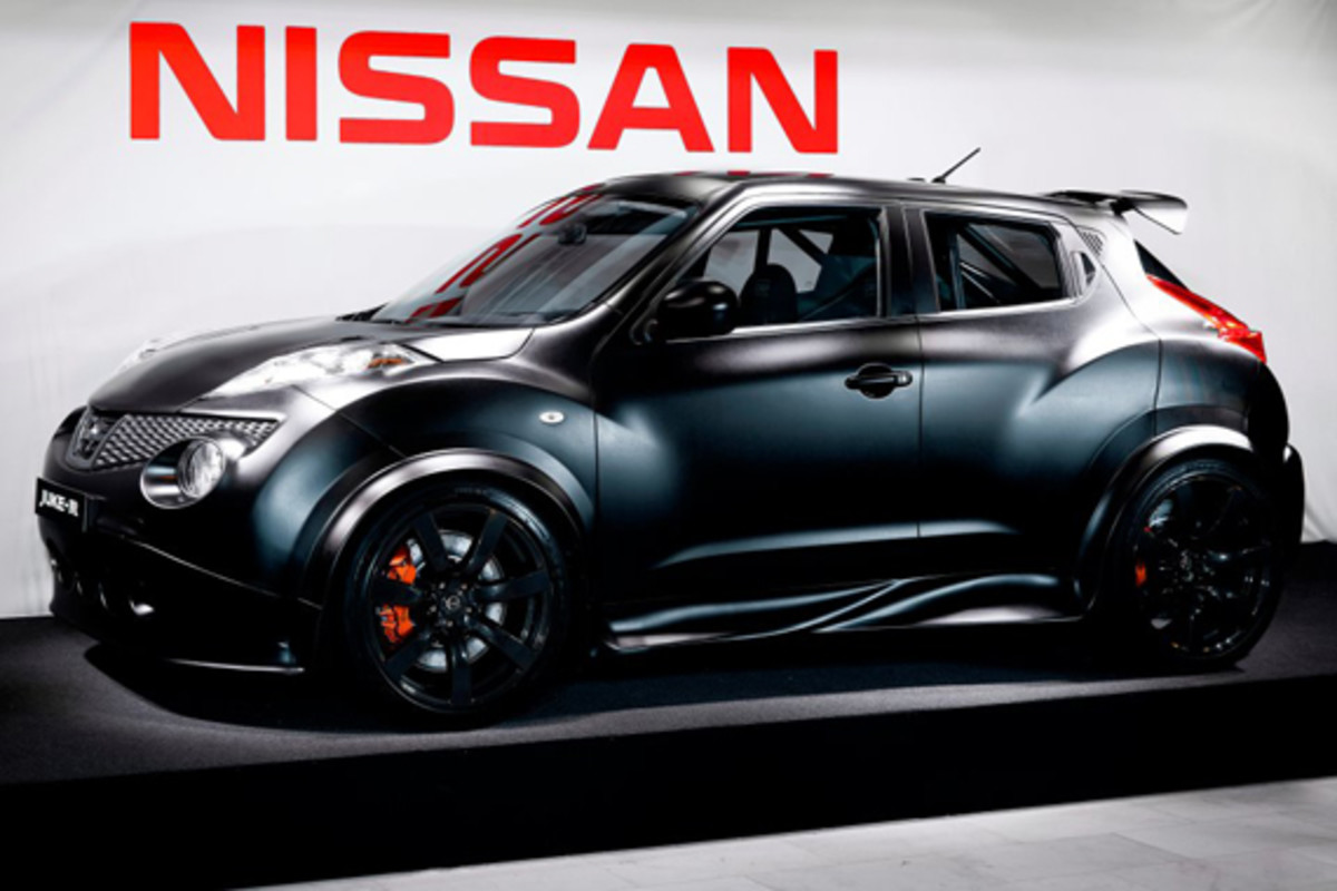 nissan-juke-r-official-01