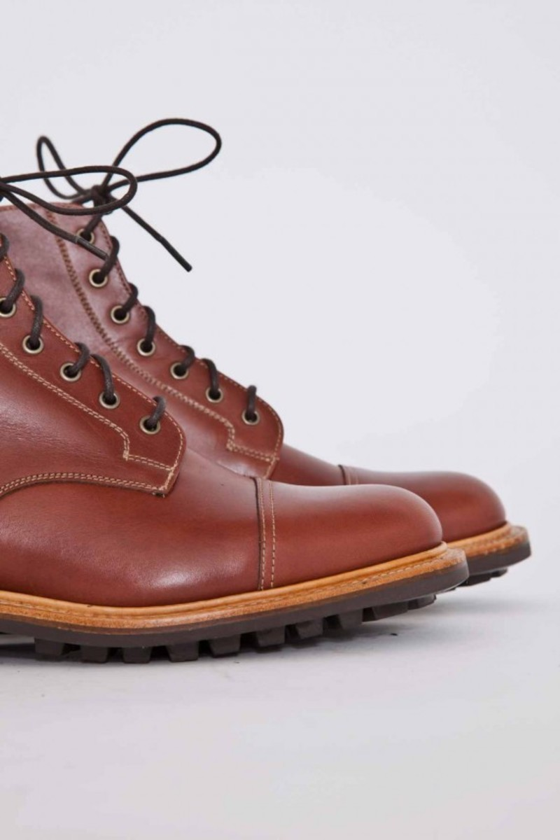tan-waxy-derby-boots-05