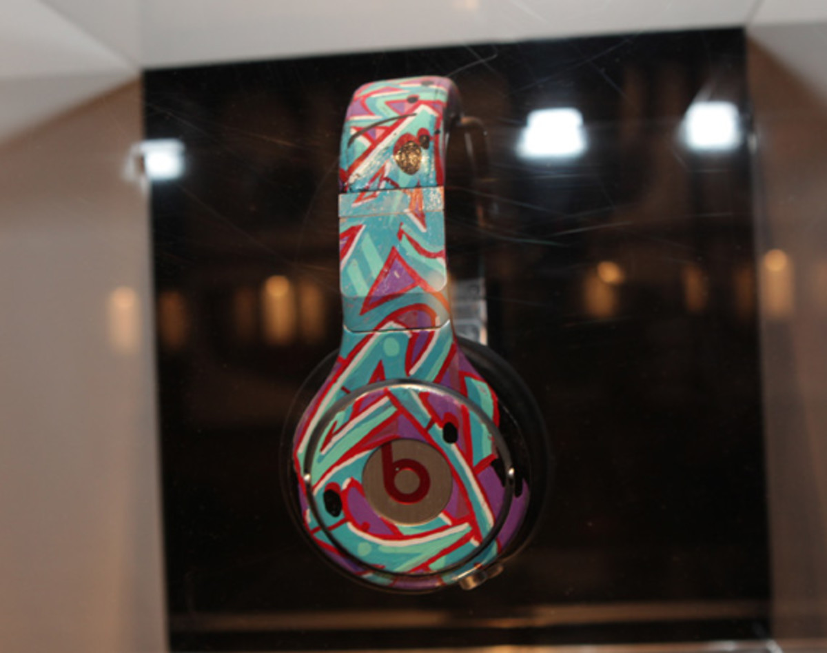 beats-by-dre-custom-headphones-19
