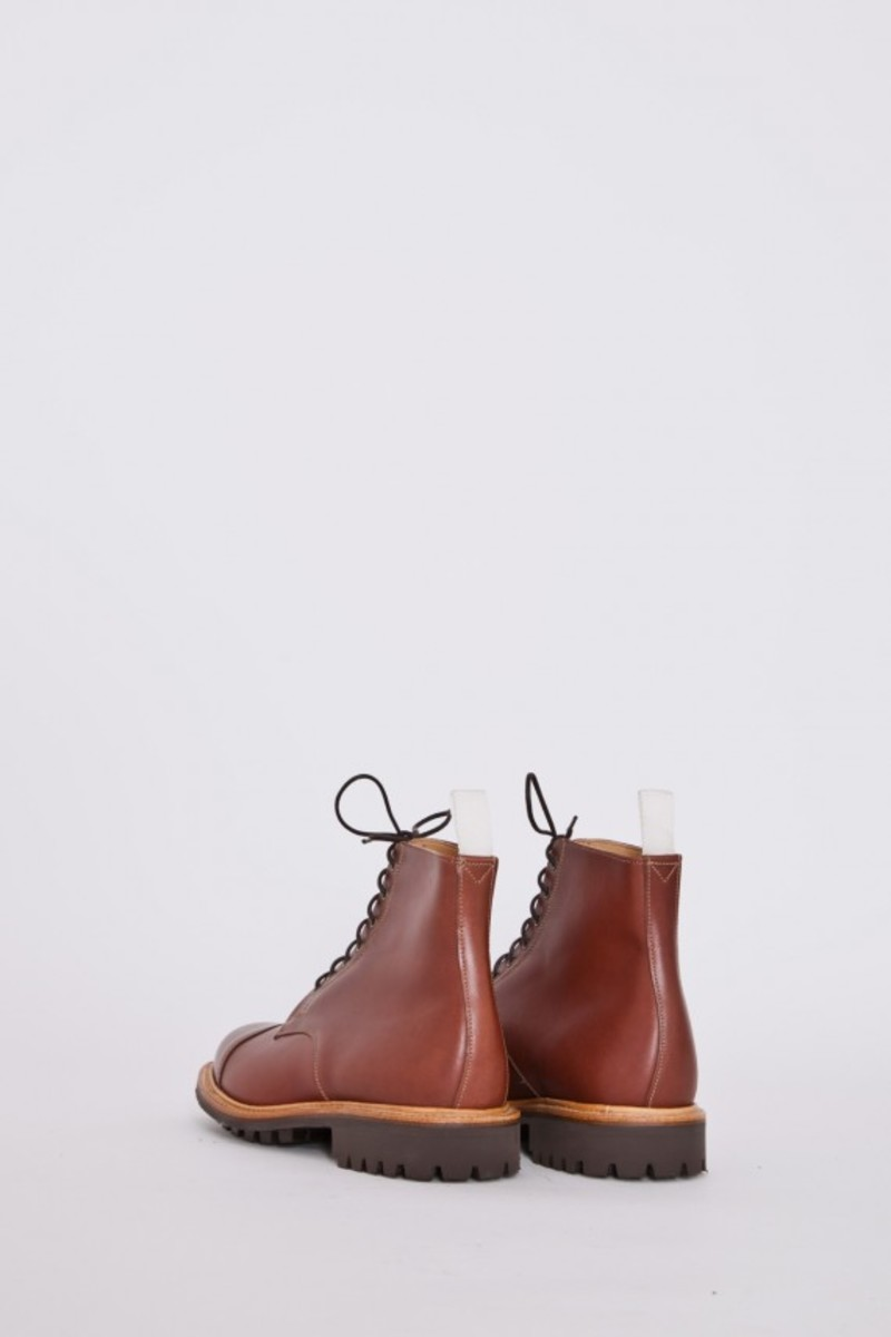 tan-waxy-derby-boots-02
