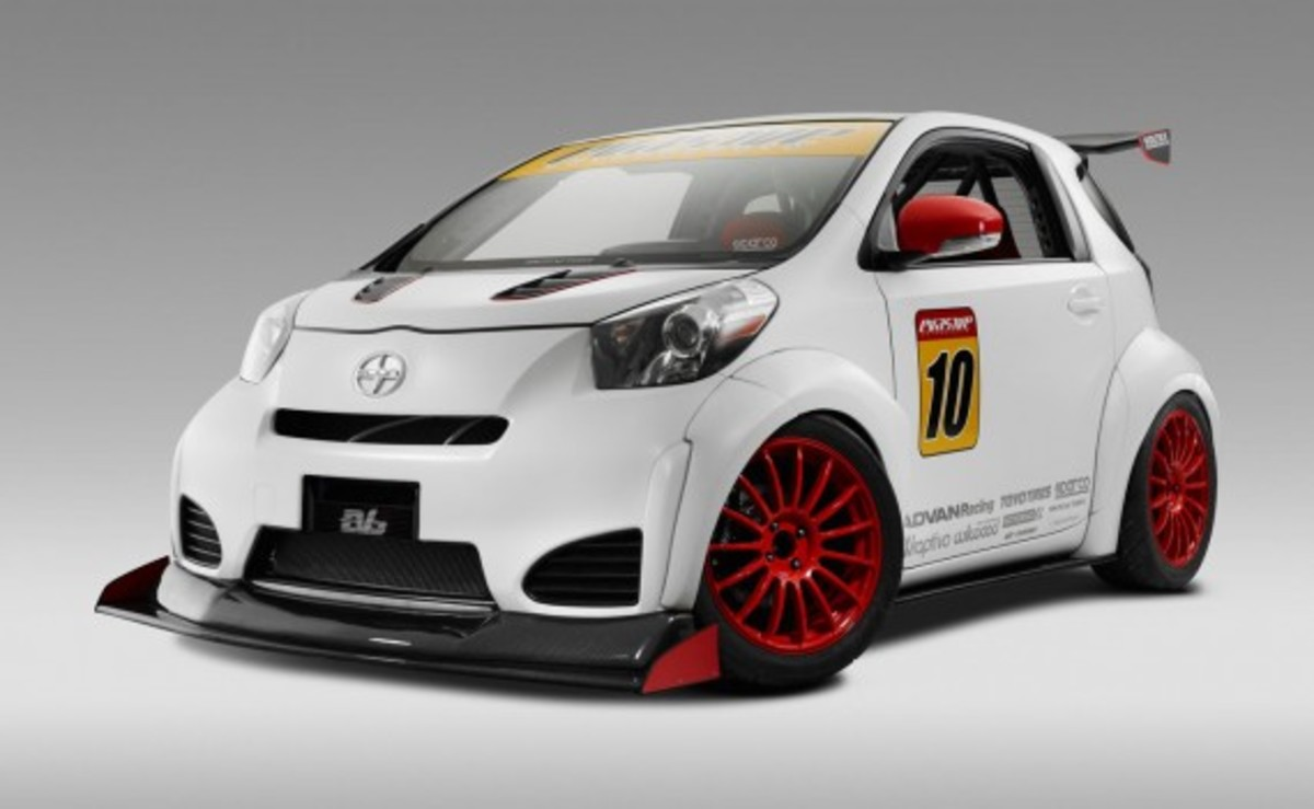 01-scion-iq-by-michael-chang