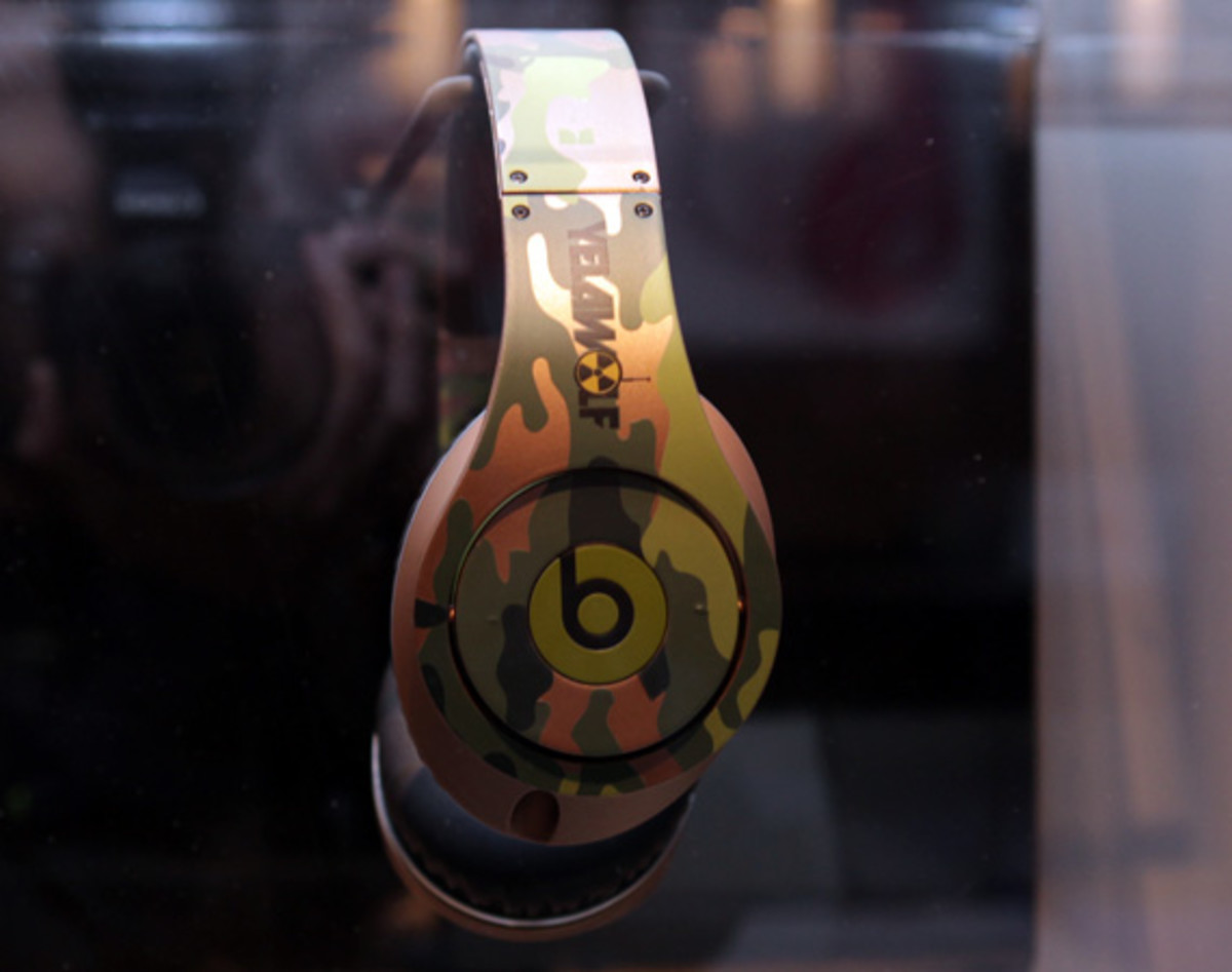 beats-by-dre-custom-headphones-21