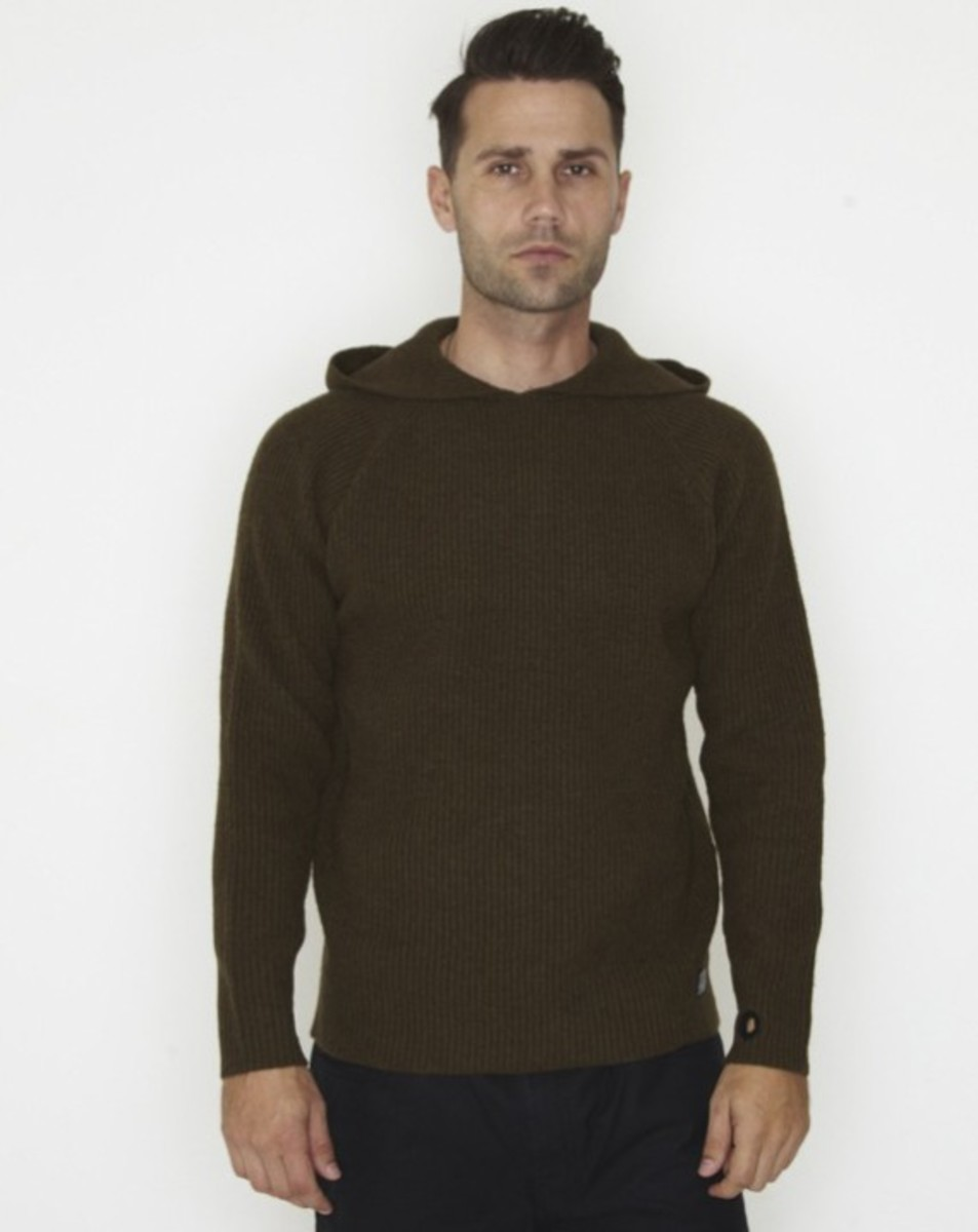 stussy-fall-2011-surplus-collection-rib-hoodied-raglan-05