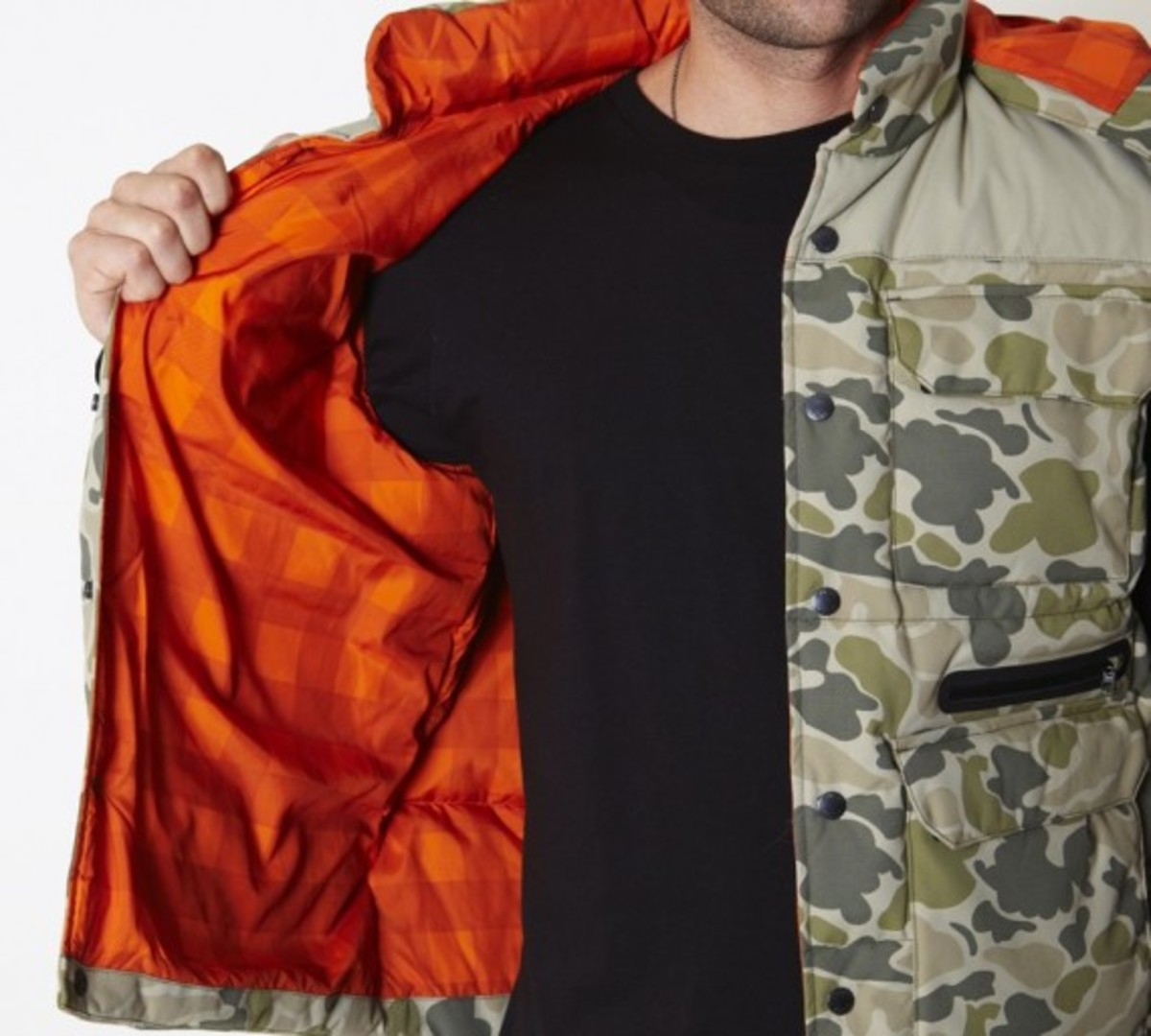 stussy-fall-2011-surplus-collection-scout-vest-08