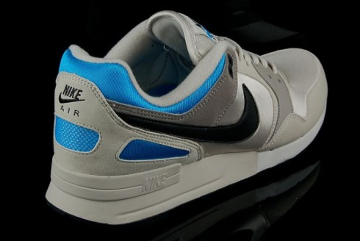 Nike  Air Pegasus 89 - Light Bone - Vivid Blue - 2