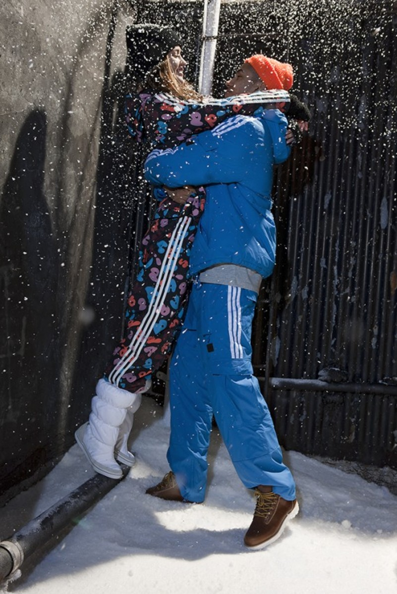 adidas-originals-women-collection-winter-2011-06